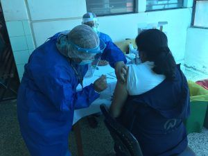 Profesional de Enfermería participes activos del proceso de Vacunación contra el COVID 19